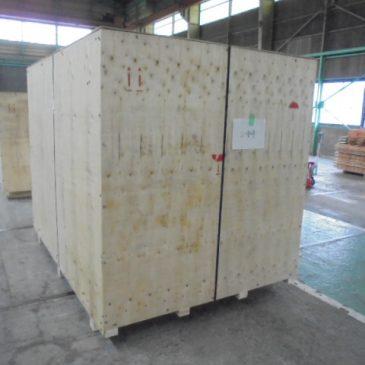 世界で1台だけのオーダーメイド包装機の輸出梱包