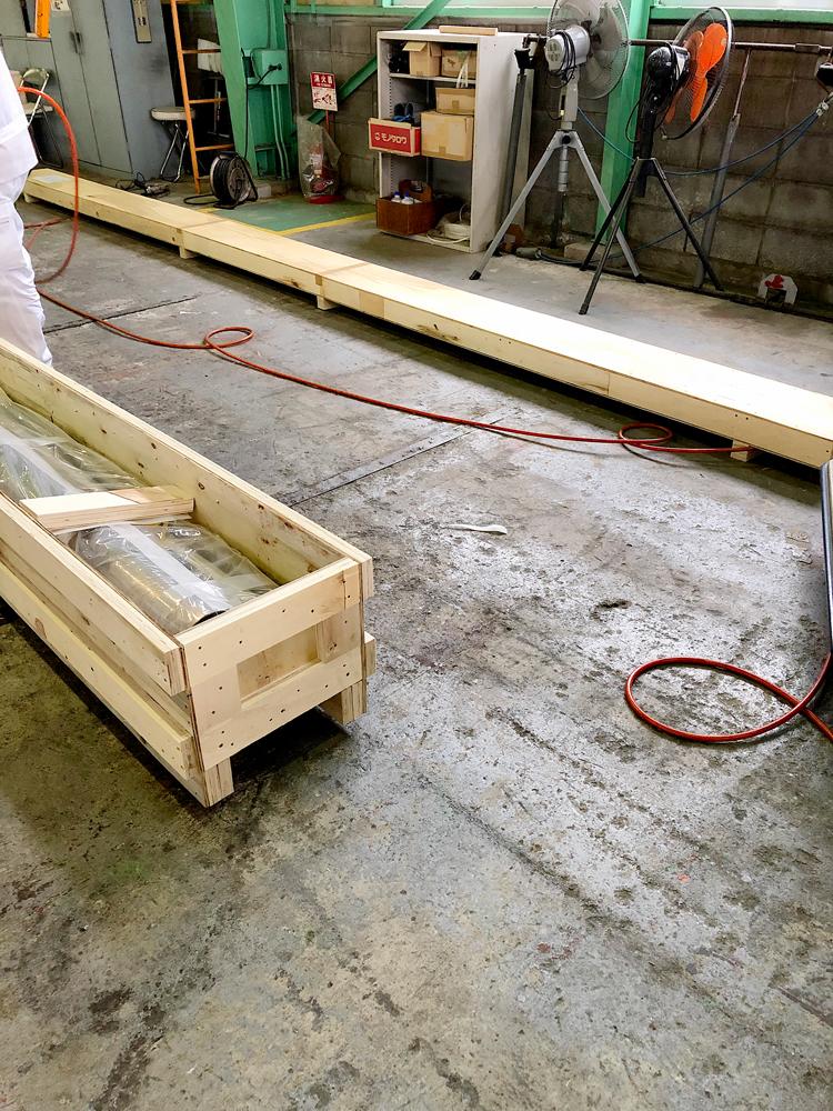 長尺部品の輸出梱包